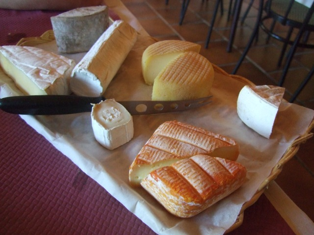 Cheese platter at Auberge sans frontiere