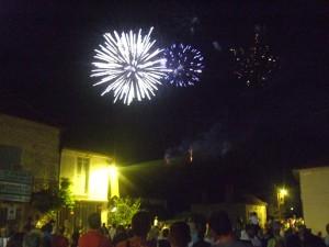 Fireworks near end of display in Daglan
