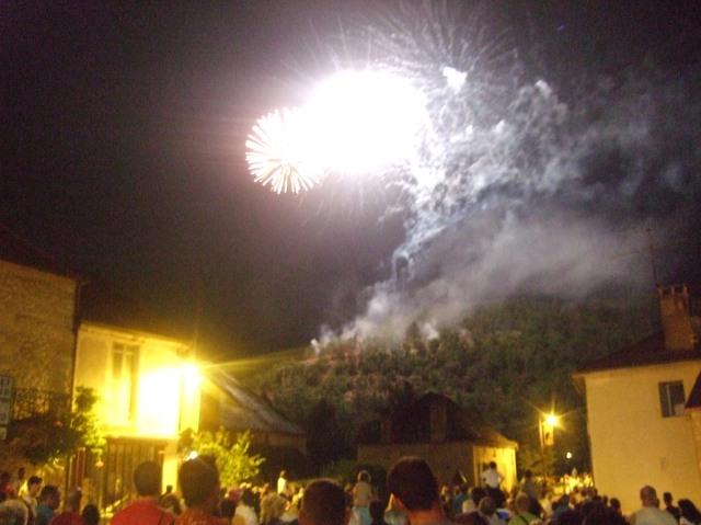 Final blasts of fireworks at Daglan festival