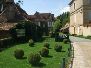 A beautiful inn in Trémolat, France