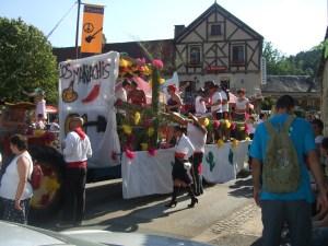 A mariachi-type band in the Daglan parade