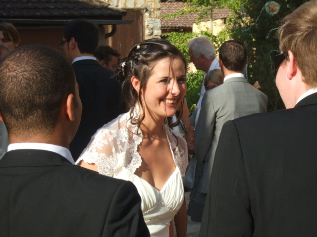 Photo of bride at wedding in Daglan