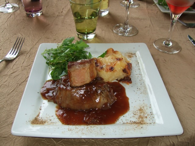 The beef dish at Le Petit Paris