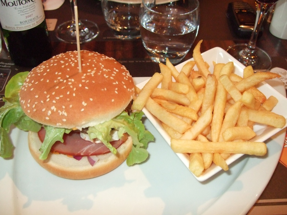 Lunch, Franco-American style (2/3)