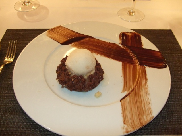 Banana and chocolate dessert