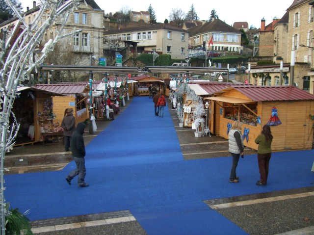More of Sarlat's Christmas Village