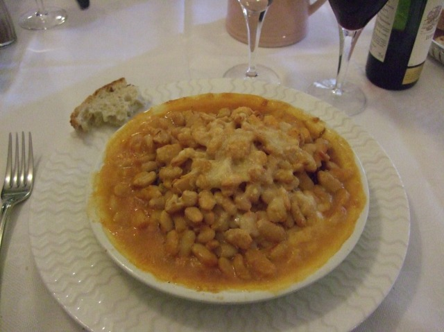 Dish of cassoulet