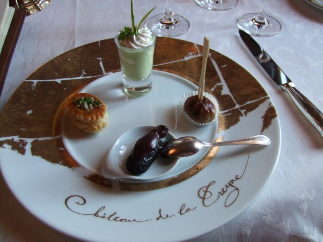 Amuse-gueules at Chateau de la Treyne