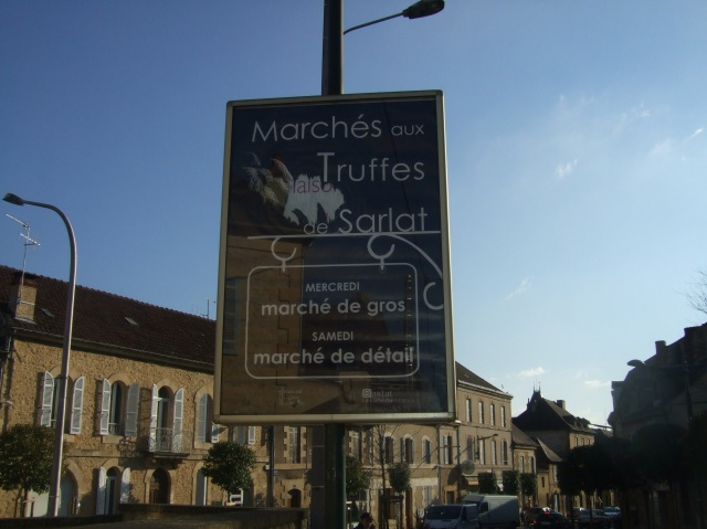 Sign for truffle markets