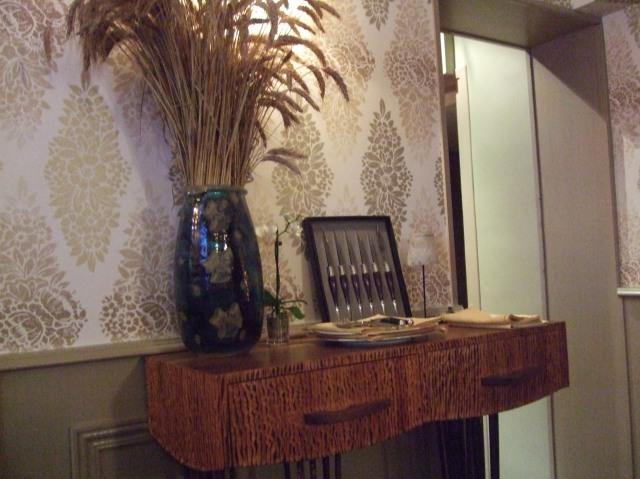Detail in restaurant