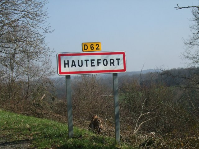 Road sign for Hautefort