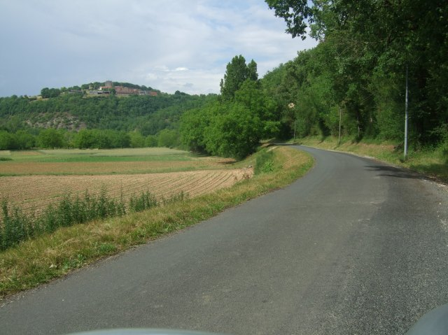 Towards Le Peyruzel