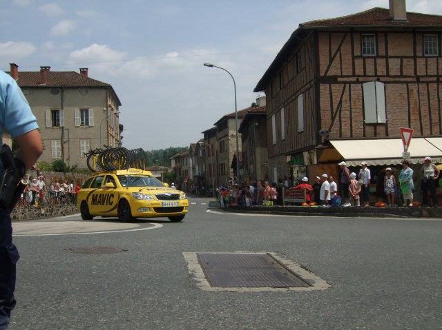 TDF team car