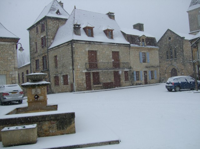 Square with snow