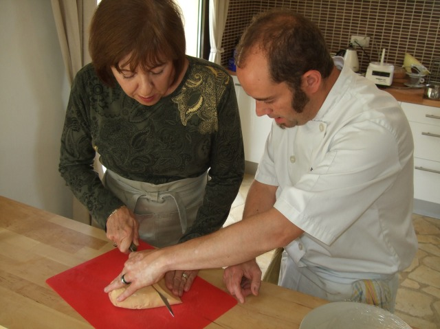 Slicing foie