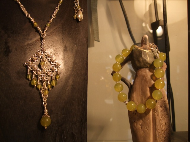 Yellow-colored gems with silver.