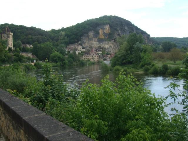 A view of La Roque-Gageac, along the Dordogne.