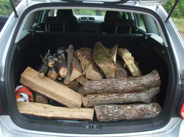The trunk (boot) (coffre) of our car, loaded.