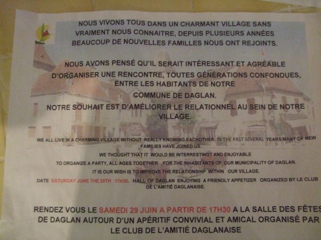 These posters -- in both French and English -- were plastered all over Daglan.
