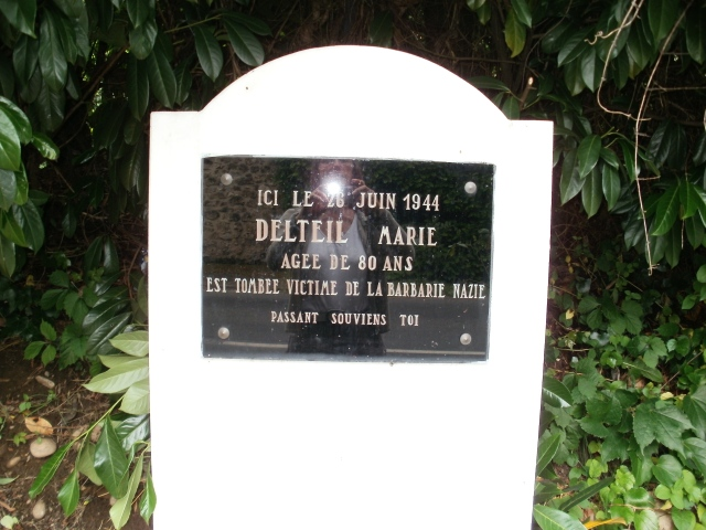 A closer look at the plaque to Marie Delteil.