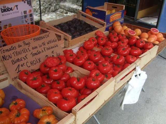 These beautiful tomatoes were among the stars of the market.