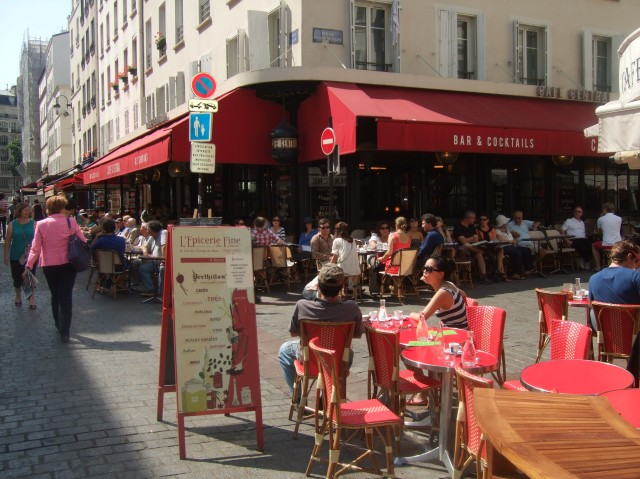 There is a good choice of cafés and bars along the street.