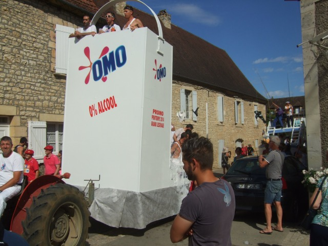 The OMO float -- centre of attention at the parade.