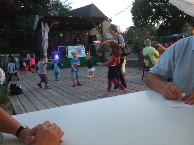 For some reason, the kids were especially active on the dance floor this evening.