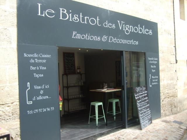 A bistro in Saint-Émilion.