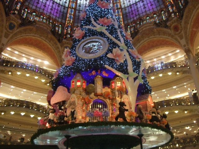 Merry Christmas from Galeries Lafayette.