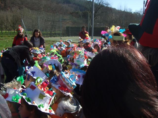 A veritable sea of colourful hats.