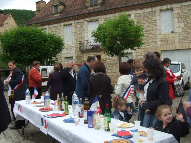 Snacks and drinks served in the village's main square.