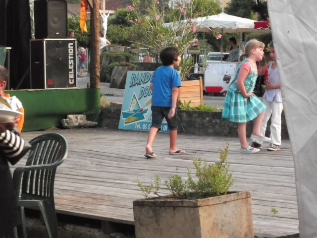 The kids always start the action on the dance platform.