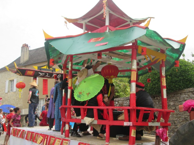 A full-on look at the Chinese pagoda.
