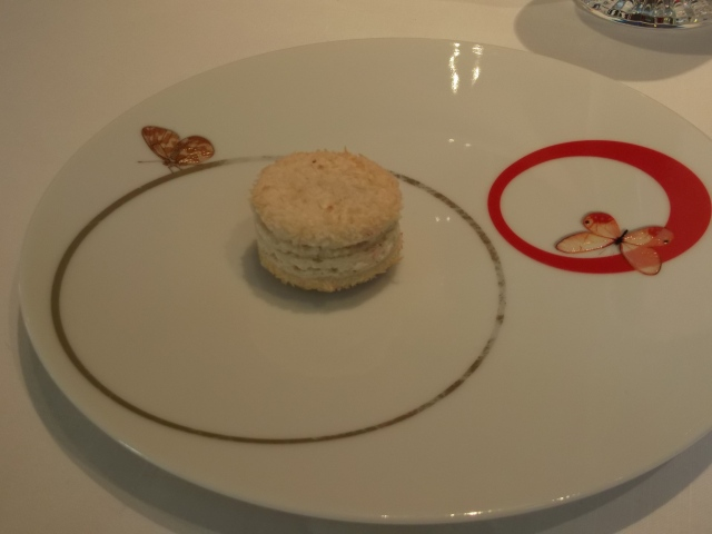 My lonely but beautiful macaron.
