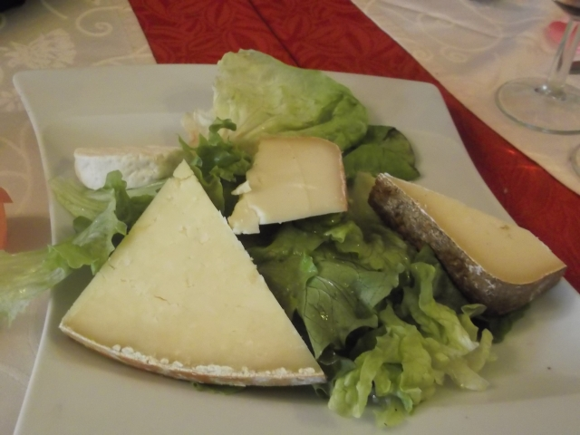 A French meal without cheese? Impossible!