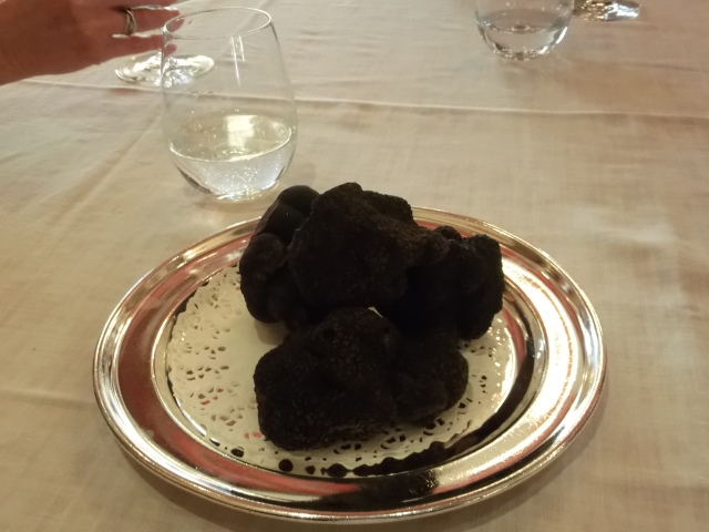 A fragrant tray of truffles.