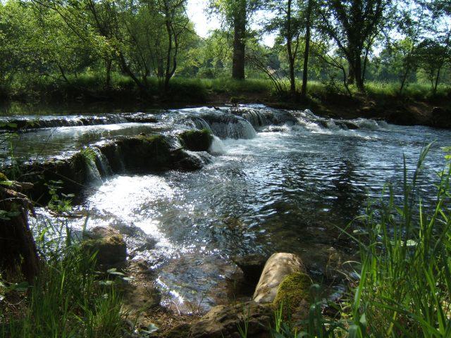 Lovely little river, lovely day.